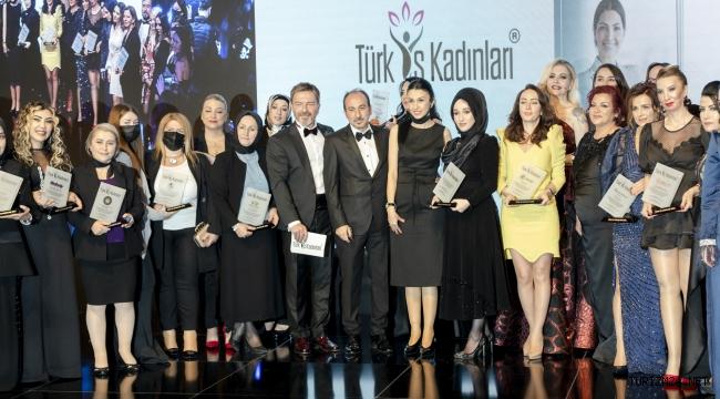 Türk İş Kadınları Paket Töreni Çırağan Sarayı'nda Gerçekleşti