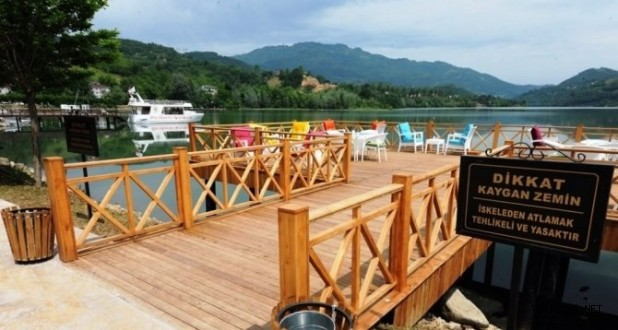 Ayvacık'a turistik tesis