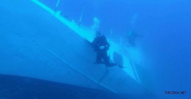 Çeşme'de batık gemide sergi açılacak