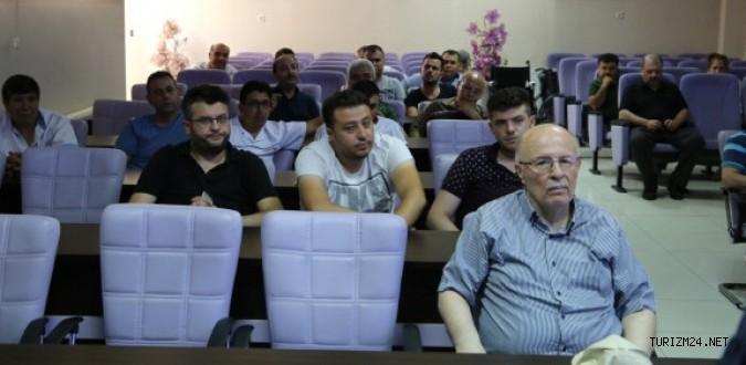 Kula'da Esnafa Turizm Eğitimi Verildi