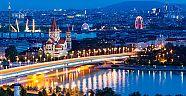Turizm öğrencileri staj için Viyana'da