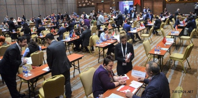 Türkiye Mezunları Sağlık Konferansında turizm sektörü işlendi